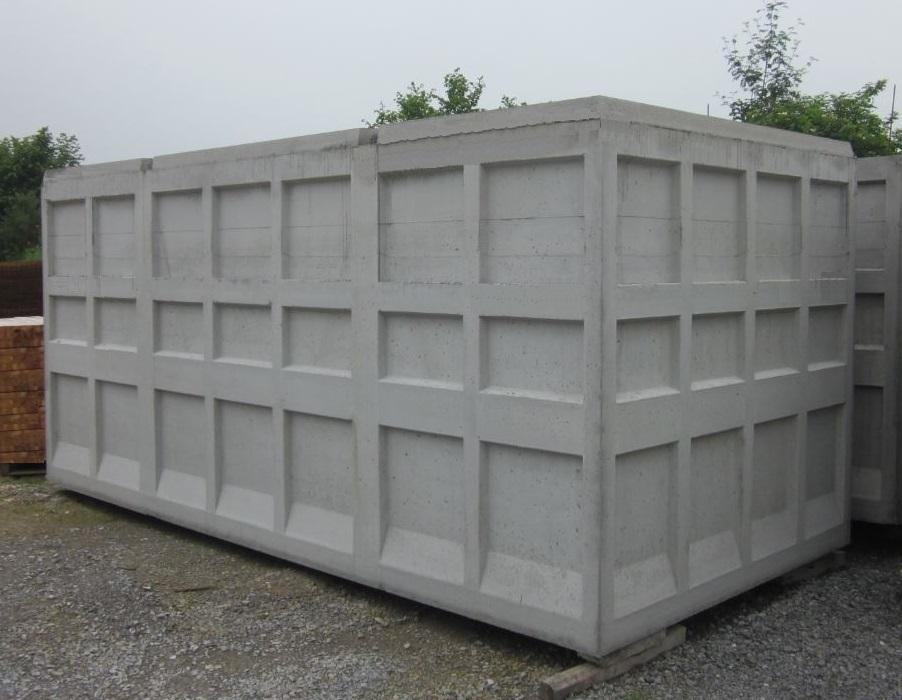 Cuve monobloc en béton de 25 m³, poids 14,6 tonnes.