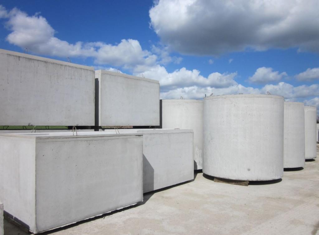 Différents modèles de cuves pour le stockage d'eau.