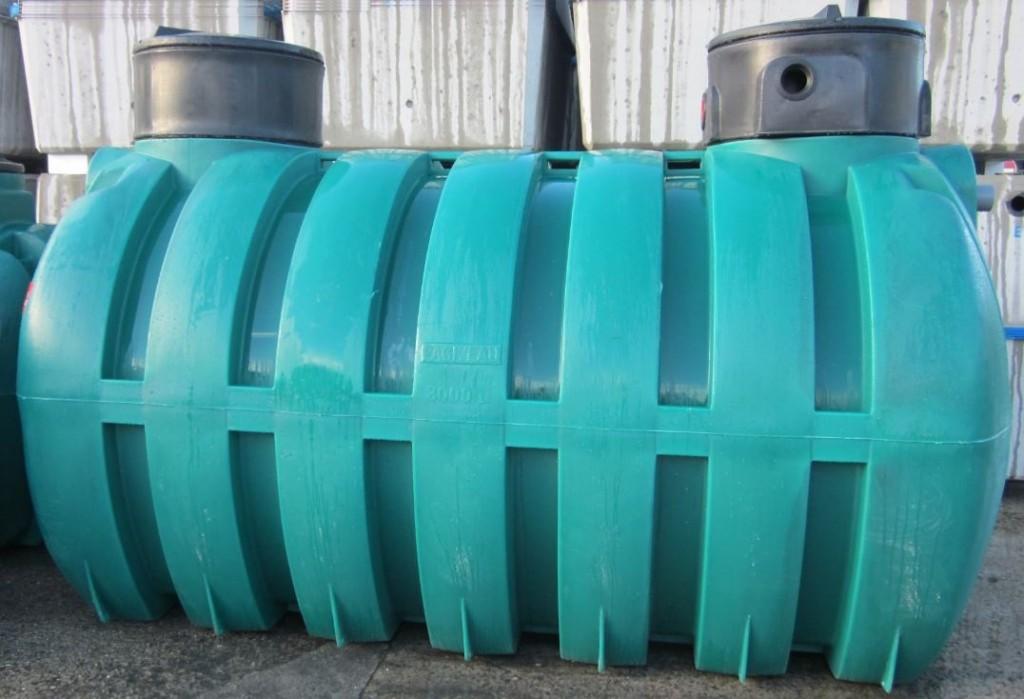 Cuve en polyéthylène de 8.000 litres