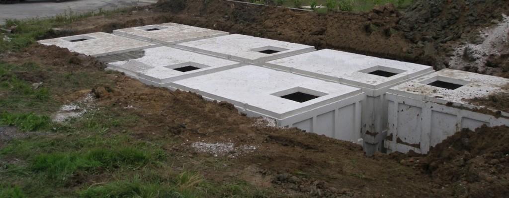 Réserve incendie de 60 à 120 m³ par cuves en béton.